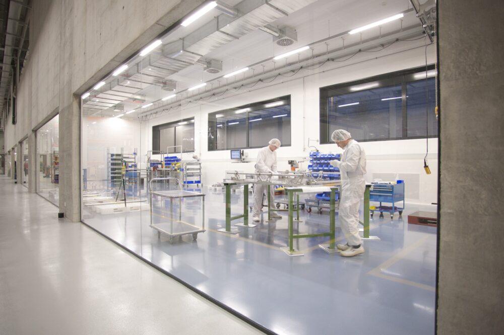 Reinraummontage - Högg AG Produktionstechnik