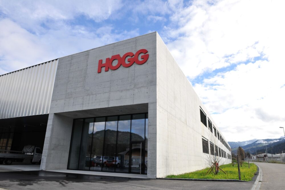 The company Högg AG Produktionstechnik is a specialised supplier of sophisticated mechanical manufacturing, including engineering and system responsibility, operating throughout Europe.. - Högg AG Produktionstechnik