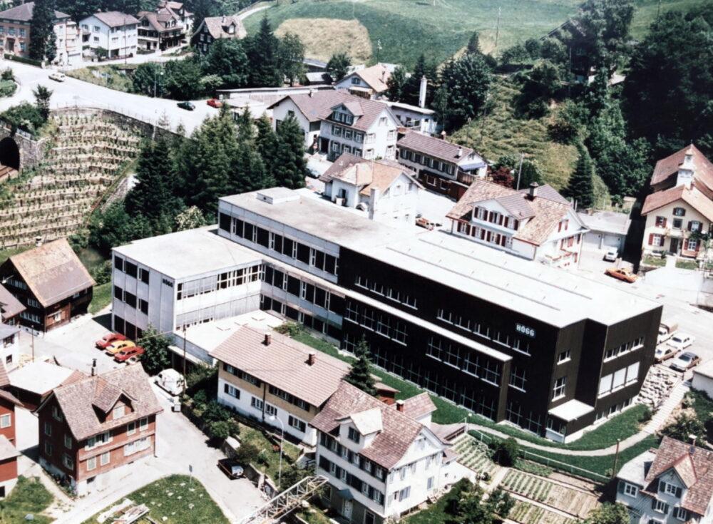 Wilerstrasse 137 in Lichtensteig - Ursprünglicher Sitz der Högg AG Produktionstechnik (1985) - Högg AG Produktionstechnik