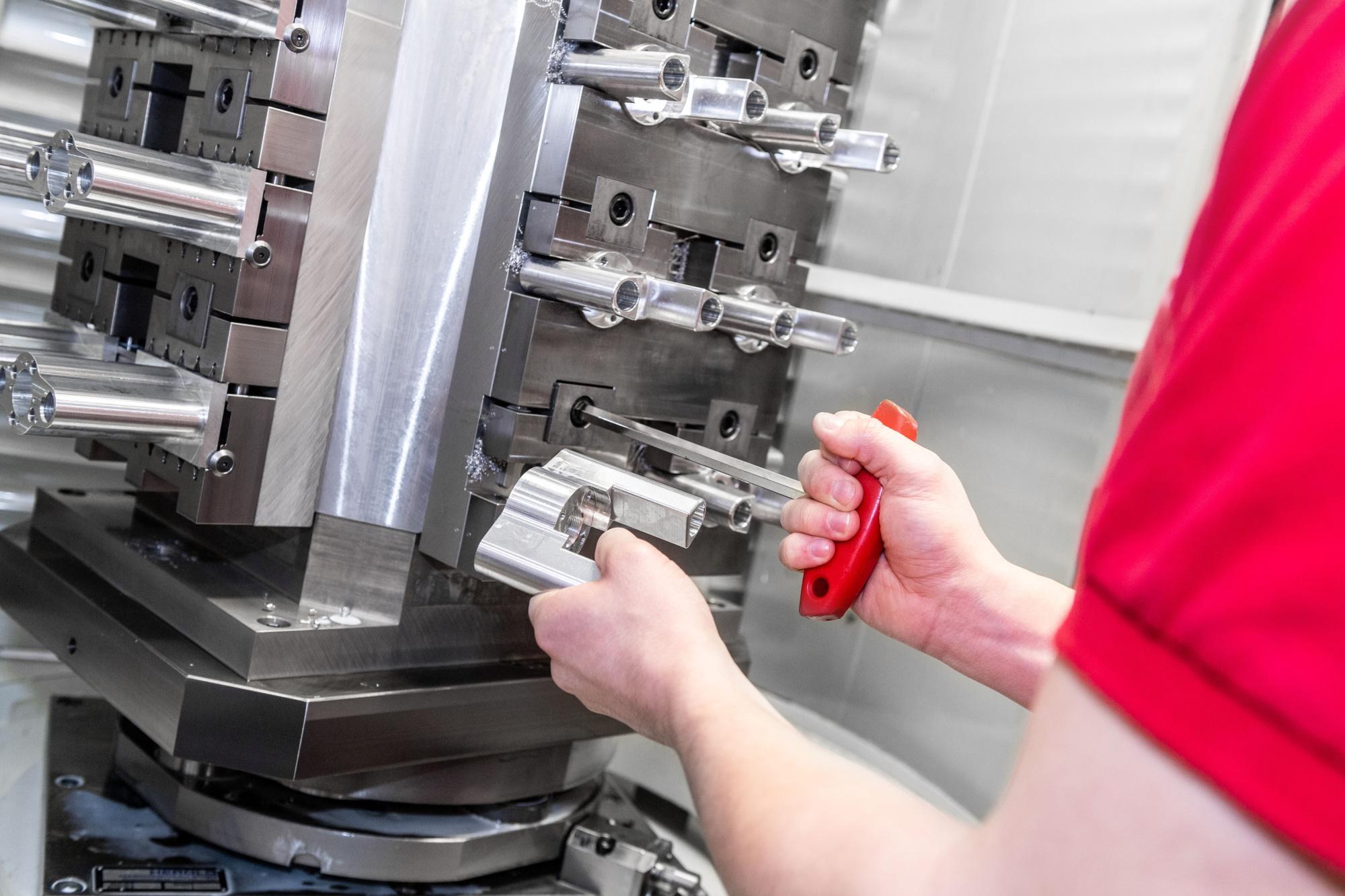 Serienfertigung - Högg AG Produktionstechnik