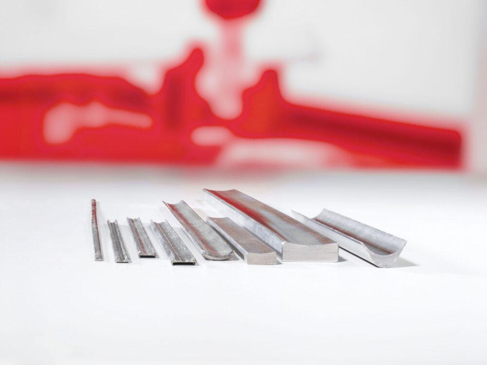 Titanprofile für die Medizinalindustrie - Högg AG Produktionstechnik