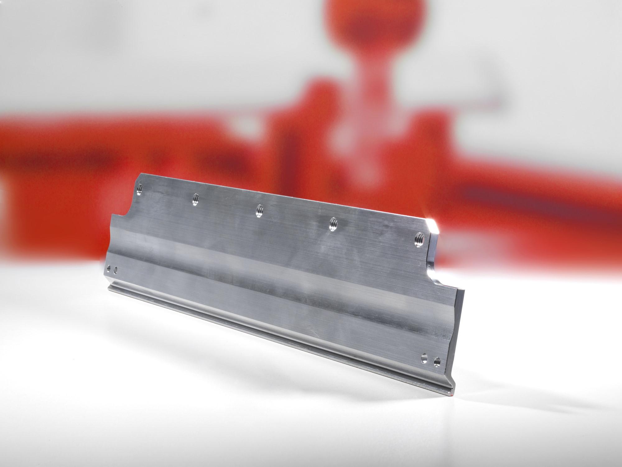 Profilschleifen - Högg AG Produktionstechnik